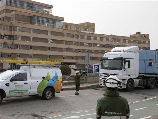 Iberdrola activa un plan en hospitales para asegurar el suministro energético